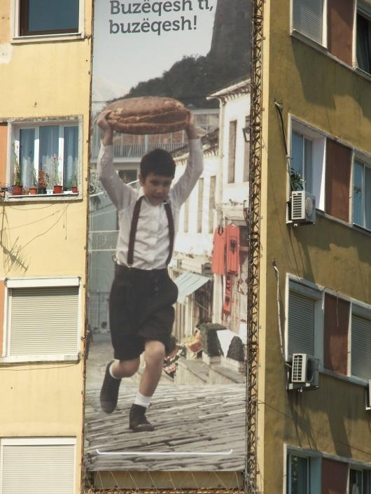 פרסומת על בניין